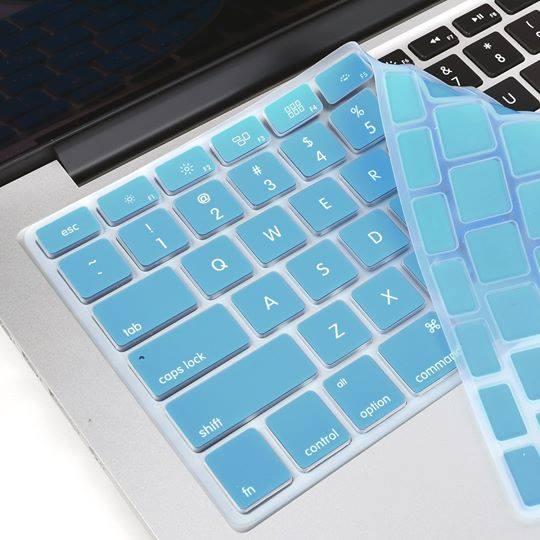 Lót phím macbook silicon xanh nhạt