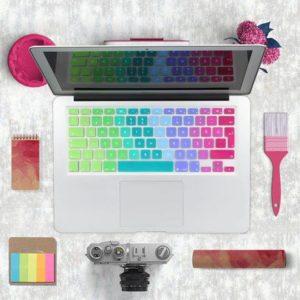 Lót phím macbook nhạt dần bảy màu