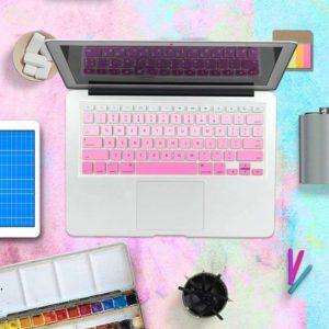 Lót phím macbook nhạt dần màu hồng