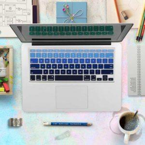 Lót phím macbook nhạt dần đen xanh