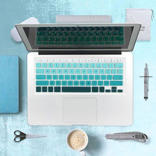 Lót phím macbook nhạt dần xanh ngọc
