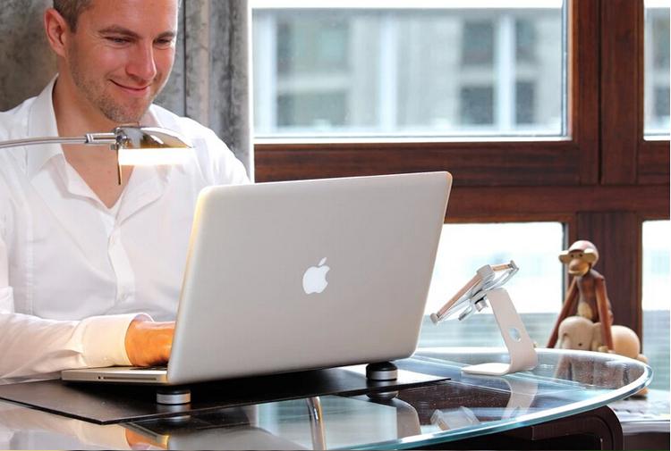 Coolball – Bi tản nhiệt cho Macbook