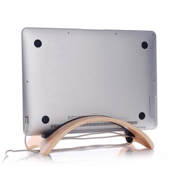 Stand Gỗ cho Macbook air mặt sau