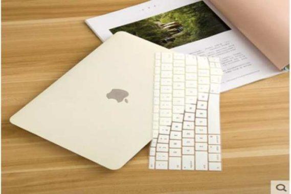 Case Macbook màu kem pastel lót phím