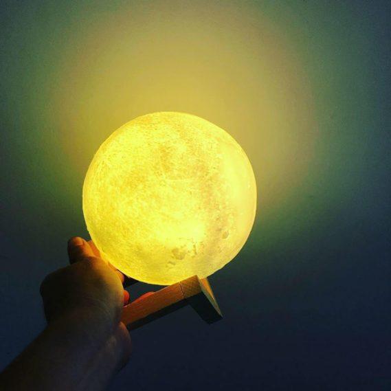Đèn Led Mặt Trăng Vàng